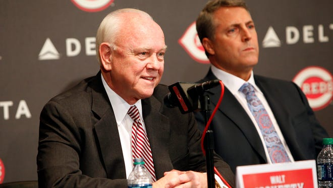 Reds President of Baseball Operations and General Manager Walt Jocketty with manager Bryan Price in October.