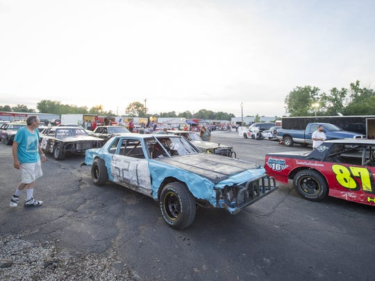 Cars line up Saturday in preparation for the Thundercar Spring Series Championship race on Saturday at Indianapolis Speedrome.