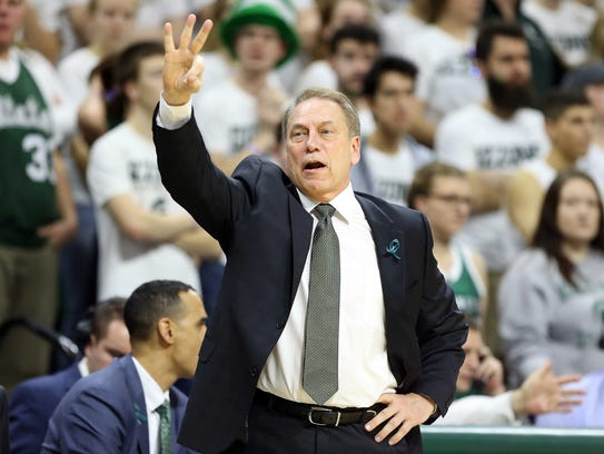 Michigan State coach Tom Izzo during the first half