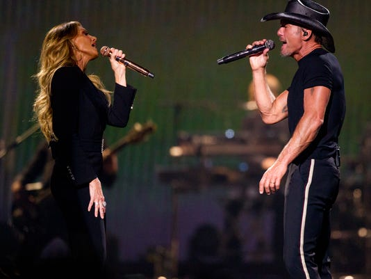 Tim McGraw and Faith Hill stop in Phoenix for the Soul2Soul The World Tour 2018