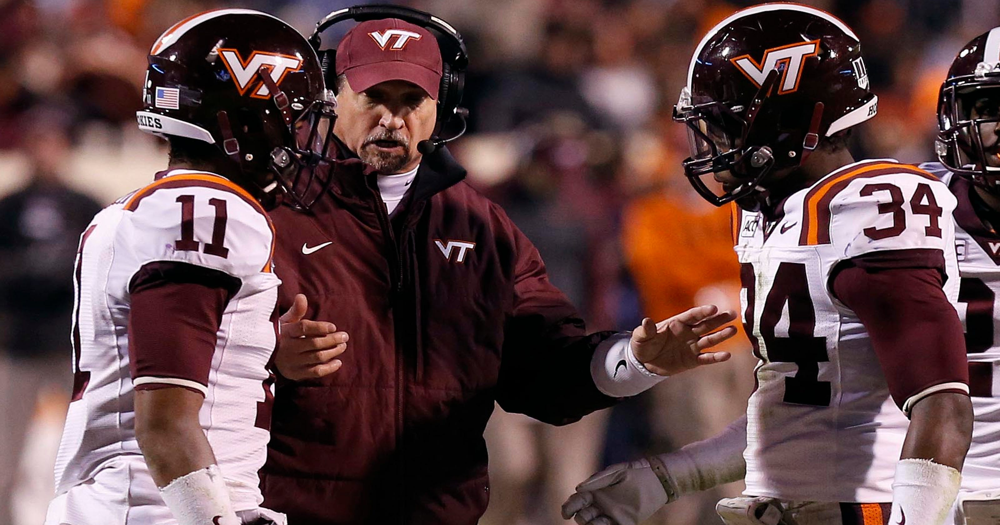 College football assistant coaches also have bonuses and perks