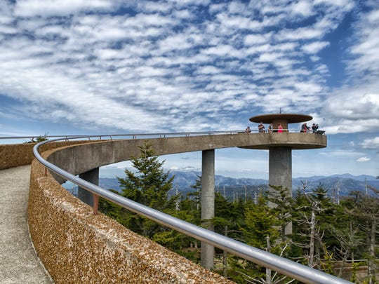 Man dies in car accident on Clingmans Dome Road in Great Smoky Mountains National Park