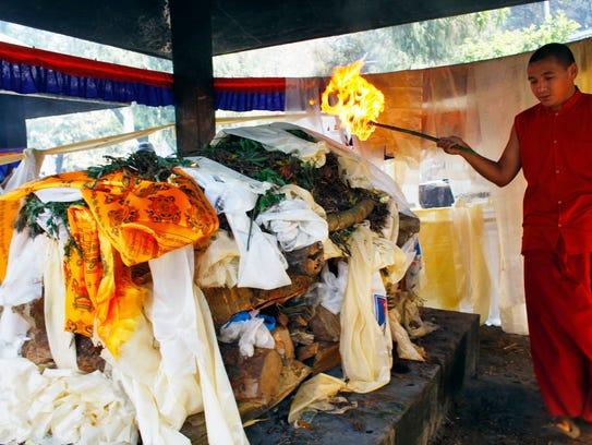 Mount Everest funeral