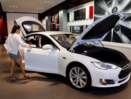 Elon Musk Is Not Mr Tesla In Case There Was Any Confusion 2015 05 22 likewise Gm Takes Action 13 Years After The Fact additionally 87658738 in addition General Motors Sends Anti Tesla Letter Ohio Governor in addition Gm Takes Action 13 Years After The Fact. on tesla motors af dealers