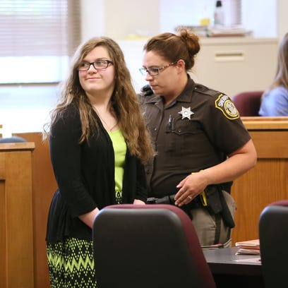 One of 2 girls charged in Slender Man stabbing case pleads guilty to lesser charge