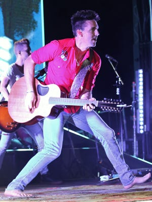 Jake Owen performed at The Ballpark in Jackson on Friday.