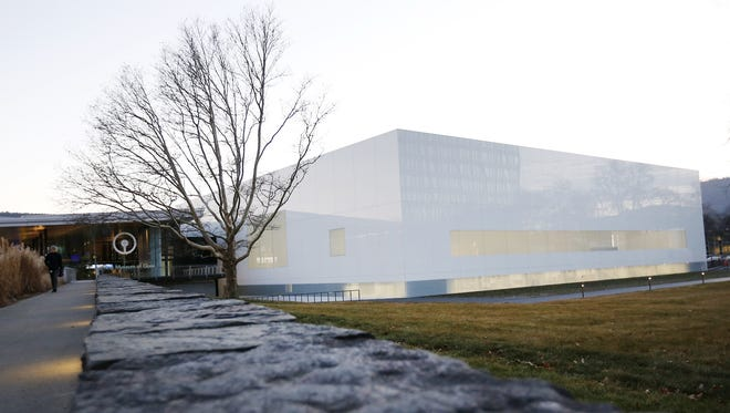 Corning Inc.'s annual stockholders' meeting will be held April 27 at the Corning Museum of Glass.