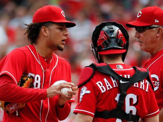 Cardinals_Reds_Baseball_60262.jpg
