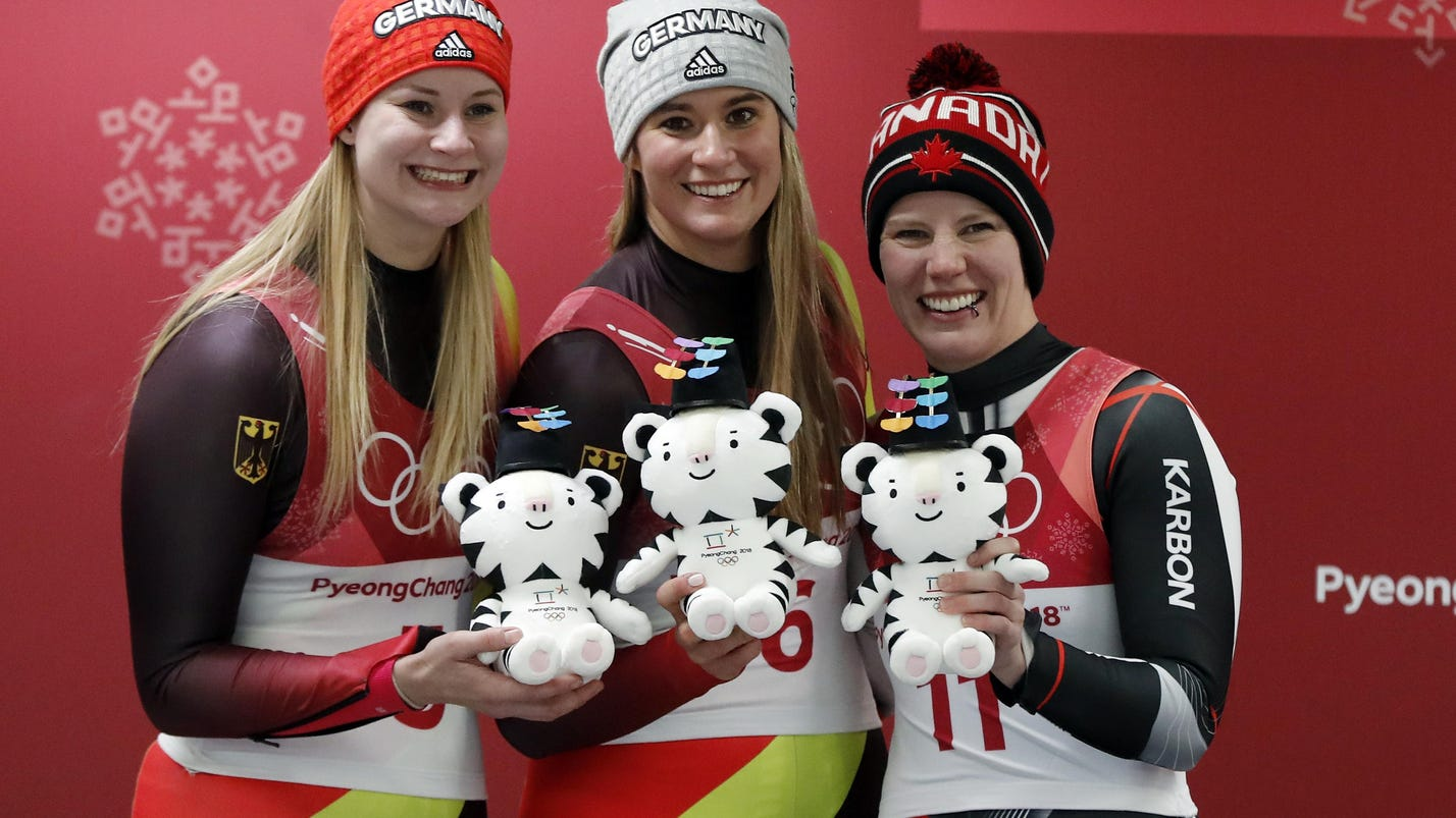 Geisenberger: German star defends women's luge title