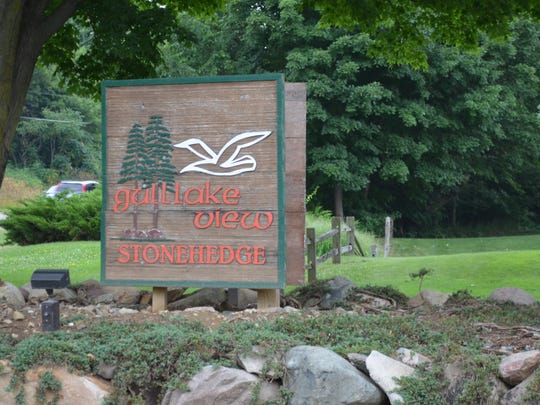 Stonehedge South is set in Augusta among dramatic, rolling forested countryside.