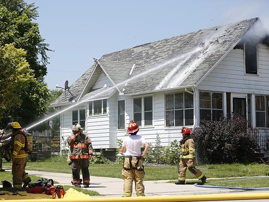 636447961452254530-AAPBrd2-07-19-2017-Reporter-1-A003--2017-07-18-IMG-FON-0719-House-fire-1-1-N1J1TONT-L1066035779-IMG-FON-0719-House-fire-1-1-N1J1TONT.jpg