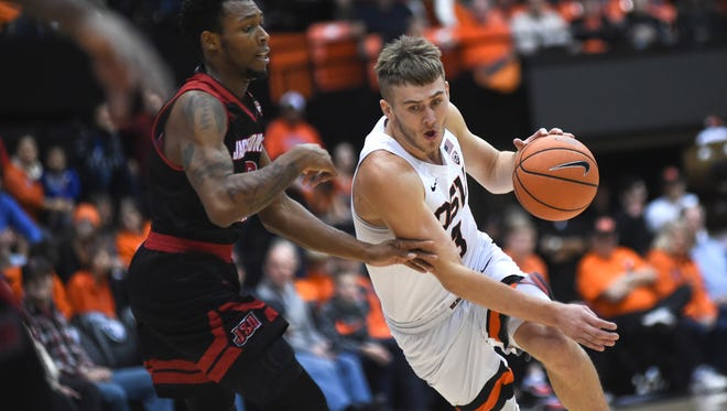 Oregon State forward Tres Tinkle is averaging a team-high 18.2 points and 7.2 rebounds after missing most of last season with a broken right wrist.