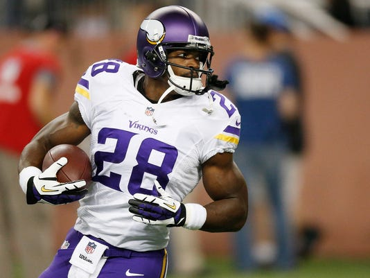 INI NFL Notes 1013 Peterson02