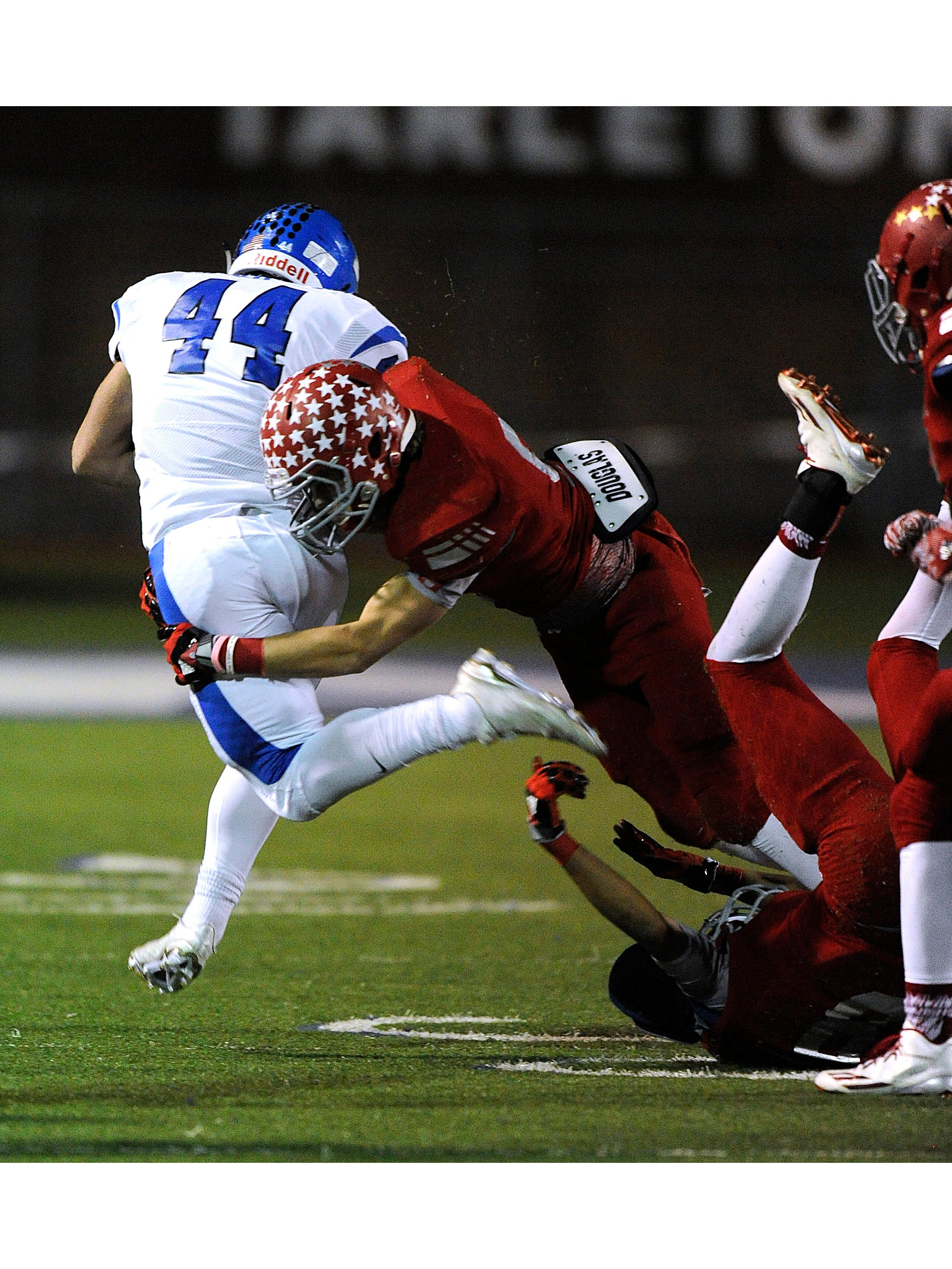 sweetwater linebacker hunter mobley 9 hits krum running