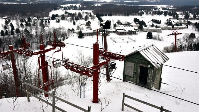 After a series of high interest rate mortgages and poor winter weather, the destination resort with stunning views of central Leelanau County and Lake Michigan sits abandoned, and the county is left to work its way through a legal slalom.