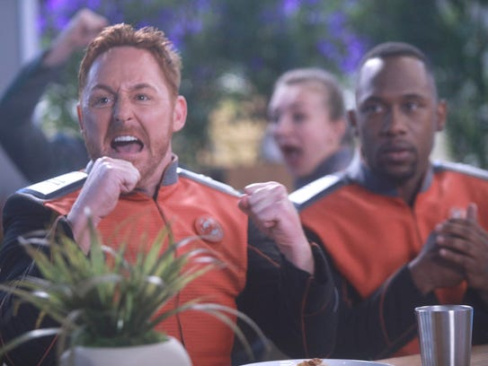 Scott Grimes and J. Lee in 'The Orville.'