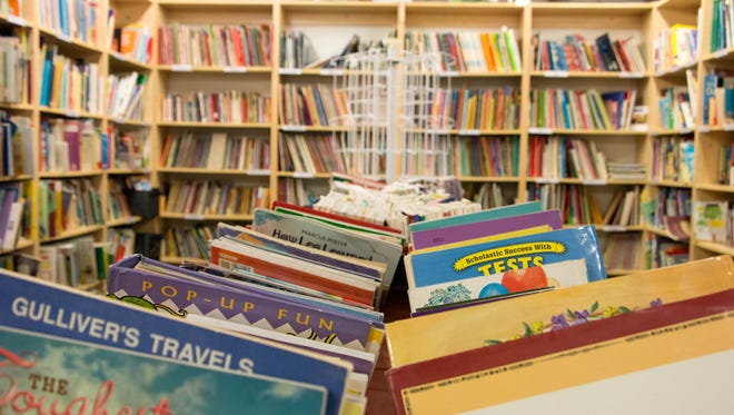 At Treasures 4 Teachers, teachers can purchase books and other classroom supplies at discounted rates.
