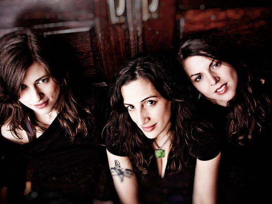 635805144703879831-The-Wailin-Jennys-main-promo-x