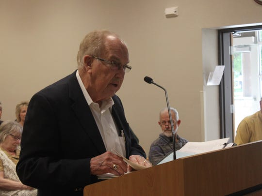 State Sen. Caroll Leavell speaks to the Carlsbad City