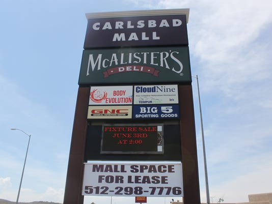 CARLSBAD MALL SIGN
