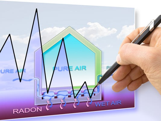 Hand drawing a graph about radon issue