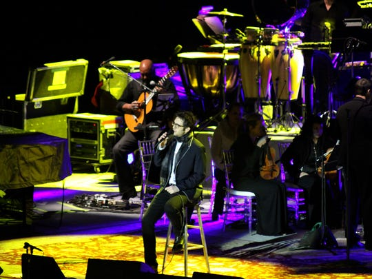 Josh Groban performing