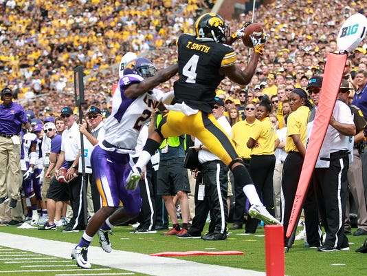 -IOW 0831 Iowa fb vs UNI 45.jpg_20140830.jpg