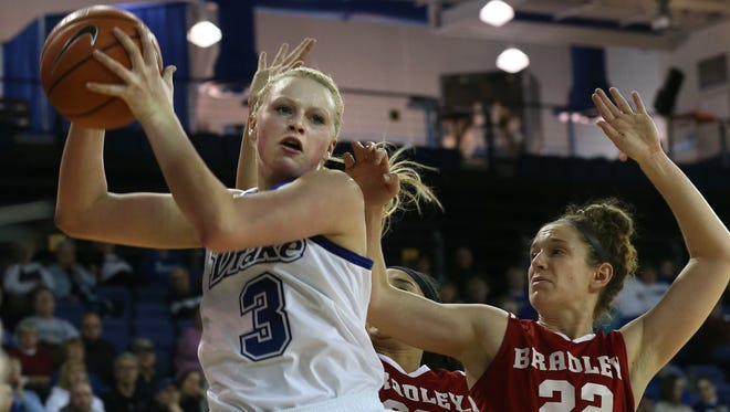 Drake's Lizzy Wendell has the Bulldogs back on contention for the Valley title.