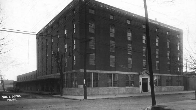 Orr Iron Company expanded and moved in 1913 to a five-story, 75,000 square foot warehouse that was located at 1100 Pennsylvania Street.