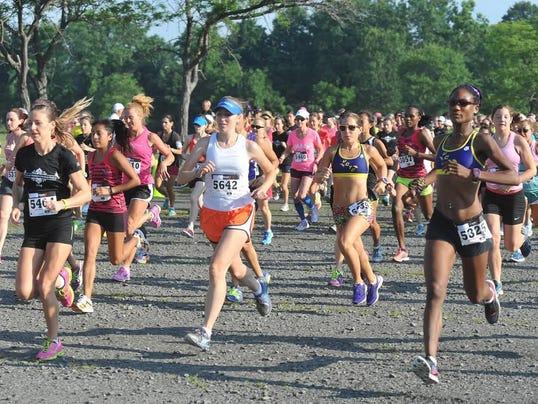 Womens Distance 5K Run Start_2