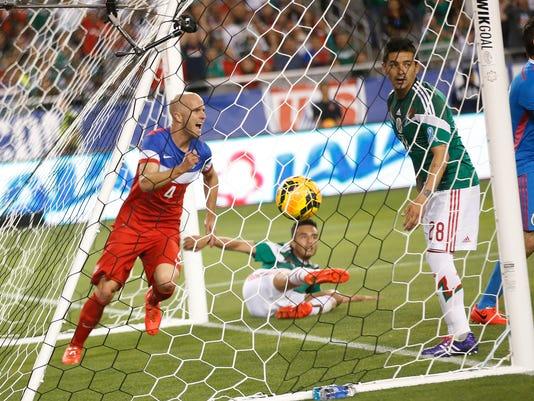 PNI us Mexico soccer5