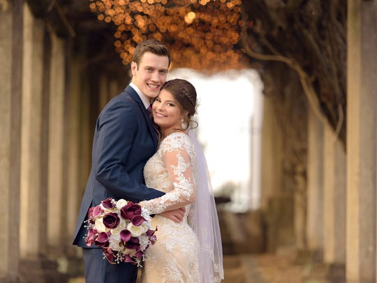 """""""Bringing Up Bates"""" stars Bobby Smith and Tori Bates got married in Knoxville on Dec. 16."""