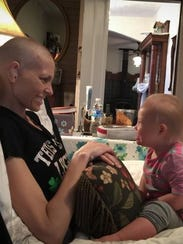 Joey Feek spends time with daughter Indiana.