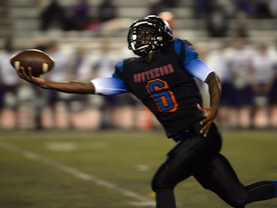 Southwood's Terry Williams pulls in a one-handed catch