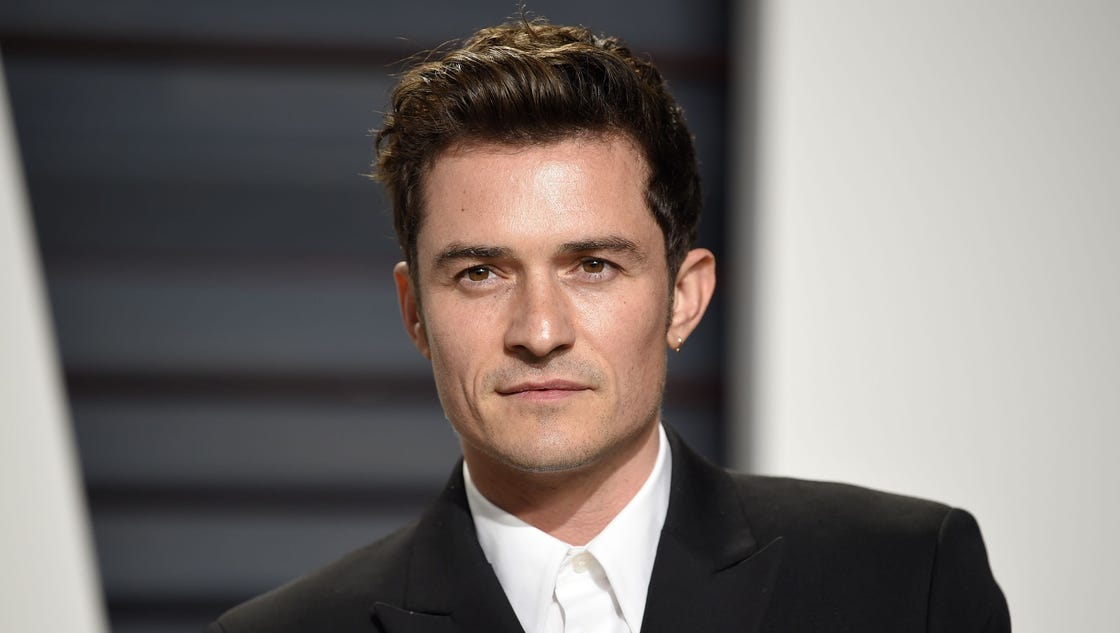 For 'Elle UK' Orlando Bloom dishes on nude paddleboarding ... Orlando Bloom