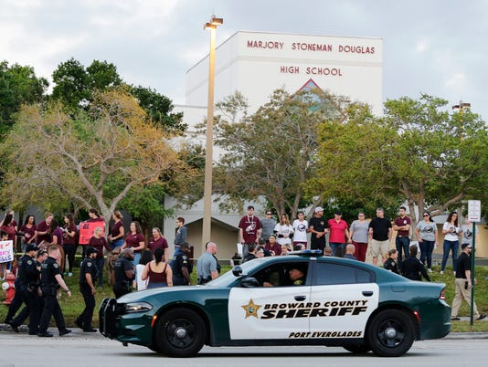 636560254160734669-school-shooting-1.jpg