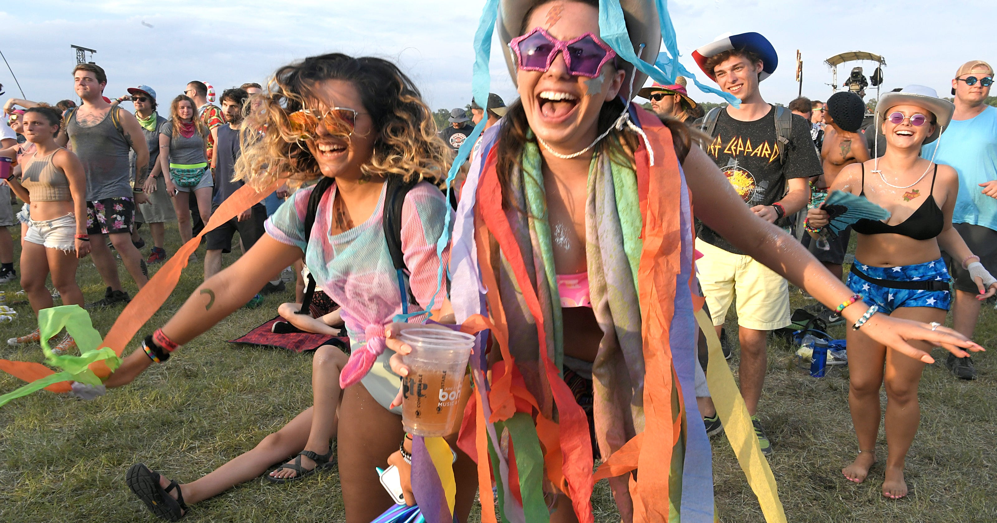 Bonnaroo hookup stories