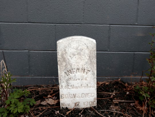 A real tombstone for an infant who died the day of