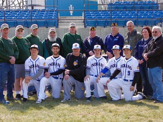 The Waynesboro baseball team poses with donors in front