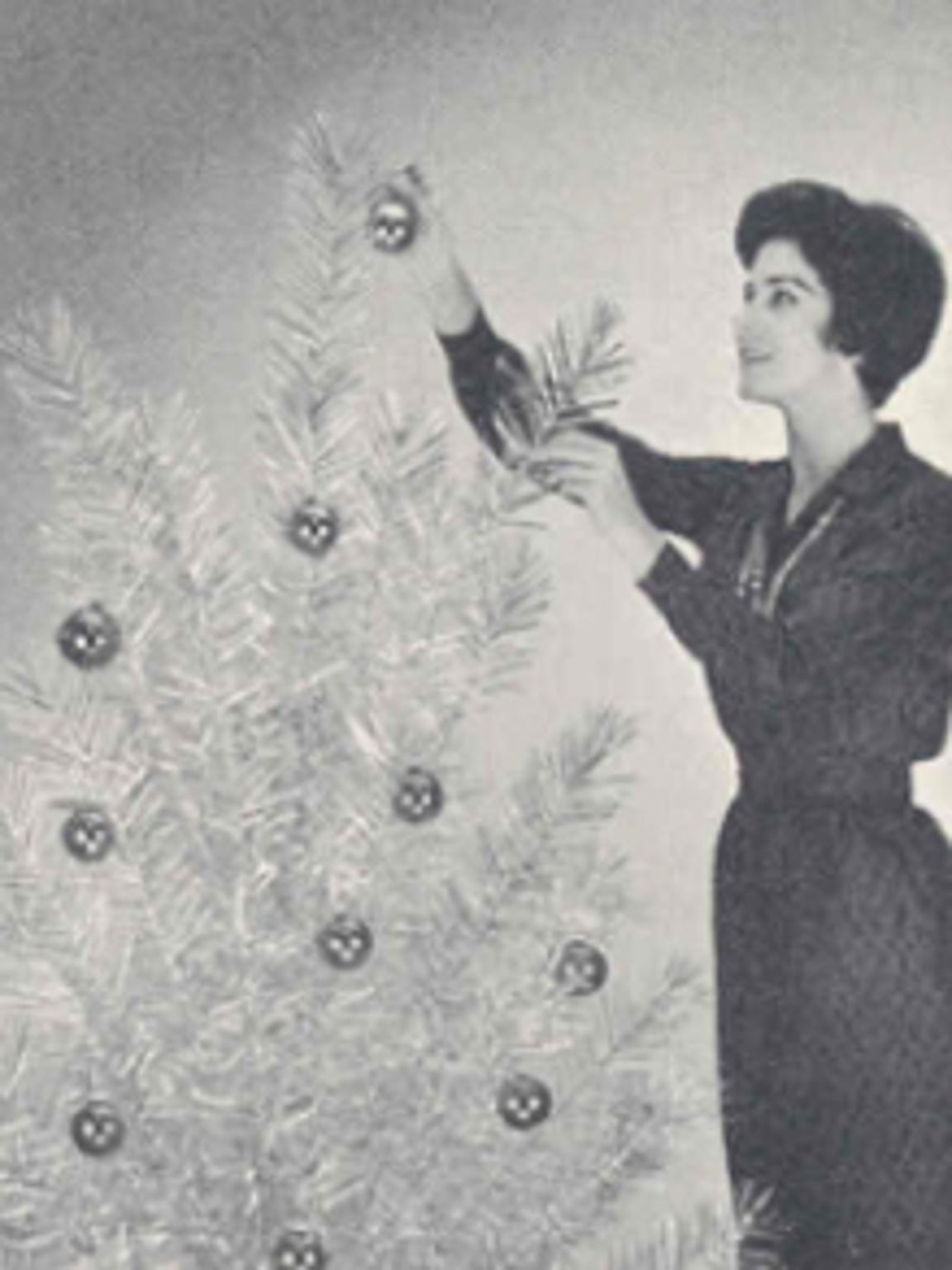 "An excerpt from a 1959 brochure from the Aluminum Company of America (ALCOA) titled ""How to decorate your aluminum Christmas tree"""