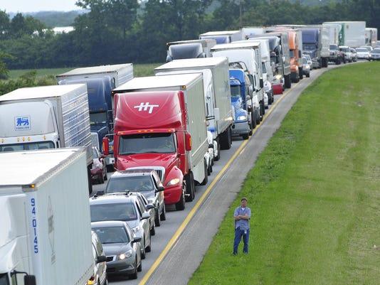 1121-nws-trucks.jpg