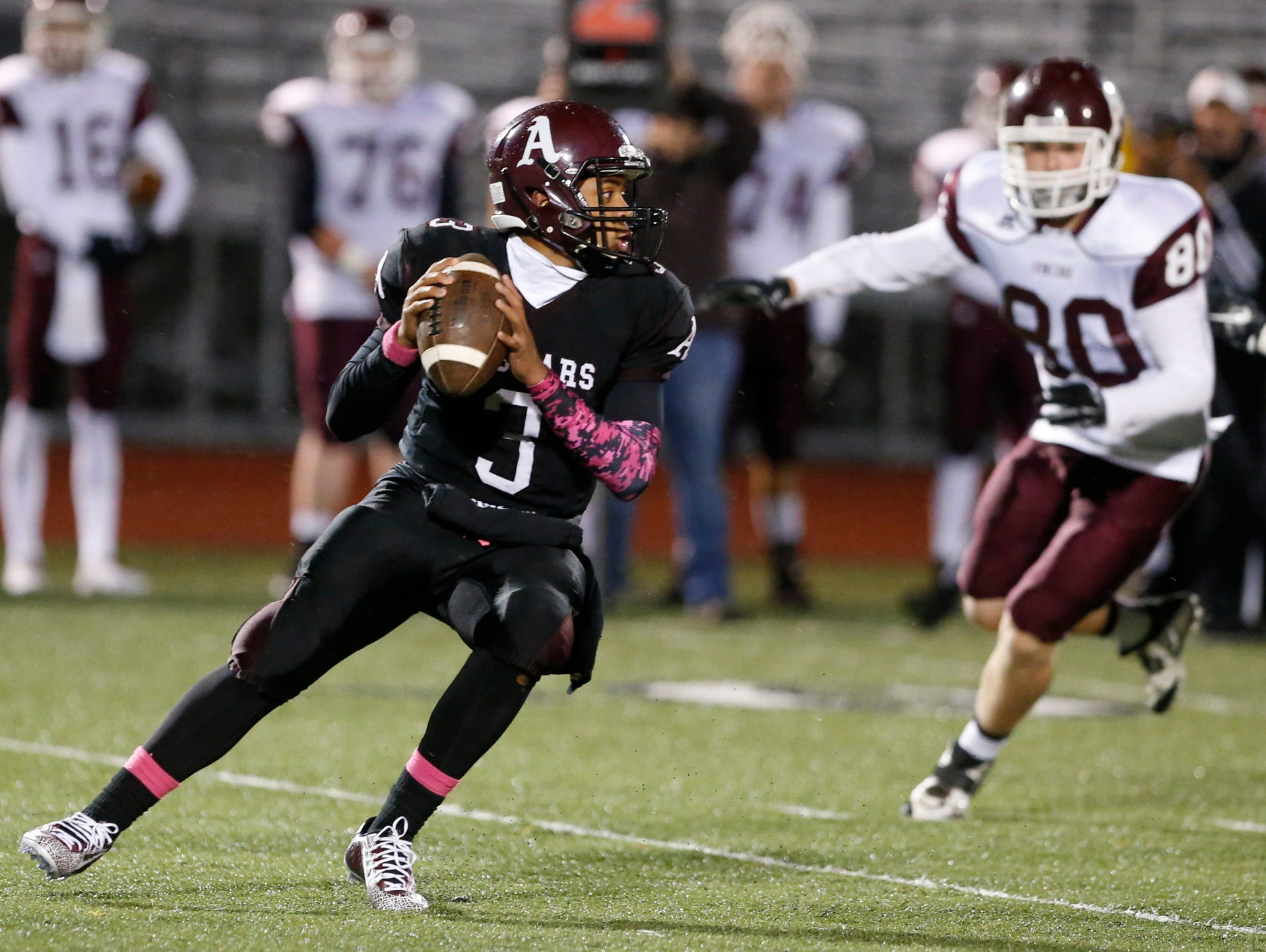 Senior QB Kenyon Yellowdy (3) returns to guide what could be an explosive offense at Appoquinimink.