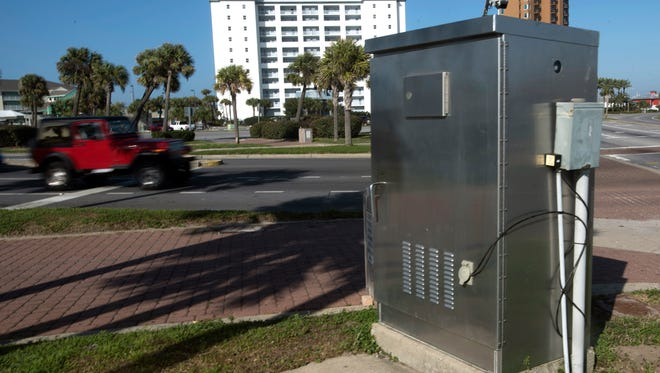 Escambia County has installed a traffic signal device at the intersectionof Fort Pickens Road and Pensacola Beach Boulevard/Via de Luna at Pensacola Beach that allows engineers to remotely control the traffic signals.