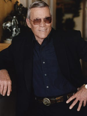 Legendary Hollywood stuntman and director Hal Needham has died at age 82.