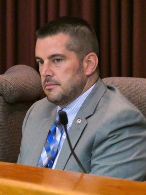 Pensacola City Council At-Large member, Charles Bare, called for a vote of no confidence on Pensacola City Administrator Eric Olson, listing almost a dozen different reasons for calling for the vote during the Pensacola City Council meeting Thursday night.