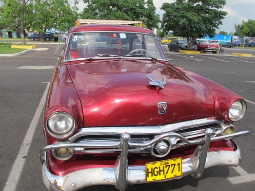 Old Cars Owned By Goverment In Cuba