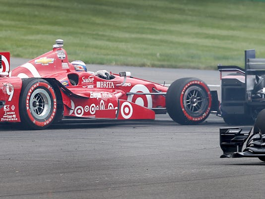 635671140511909347-13-Indy11