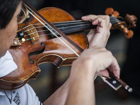 MSO violin Artswalk 2015