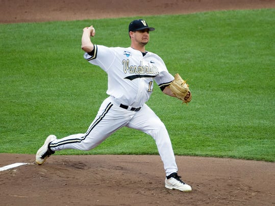 NCAA Baseball: College World Series-UC Irvine vs Vanderbilt