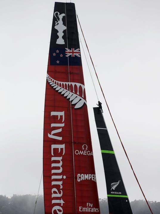 AP Americas Cup Sailing_005